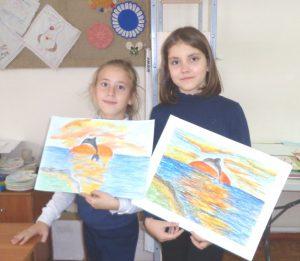 Лиза Антр и Кристина Фесенко с рисунками Черное море
